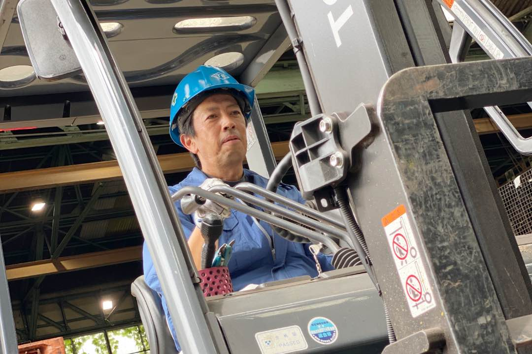 発送作業の様子|工作・組立・組付・発送|三重県鋳造メーカー求人情報|大洋産業